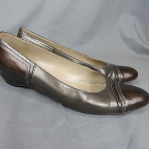 Salvatore Ferragamo Ballet Shoes Size 7.5 AA